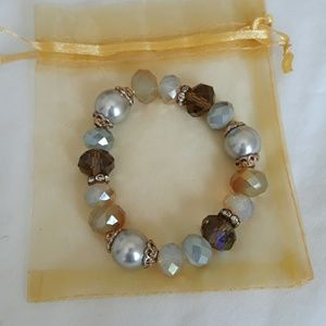 Beautiful bracelet  in excellent condition.